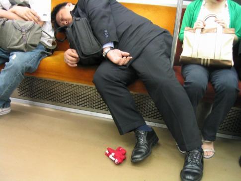 爆睡しちゃった人